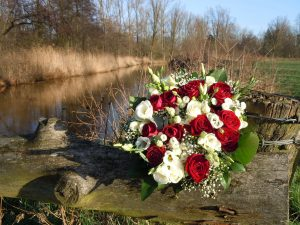 wedding-bouquet-1728415_1920